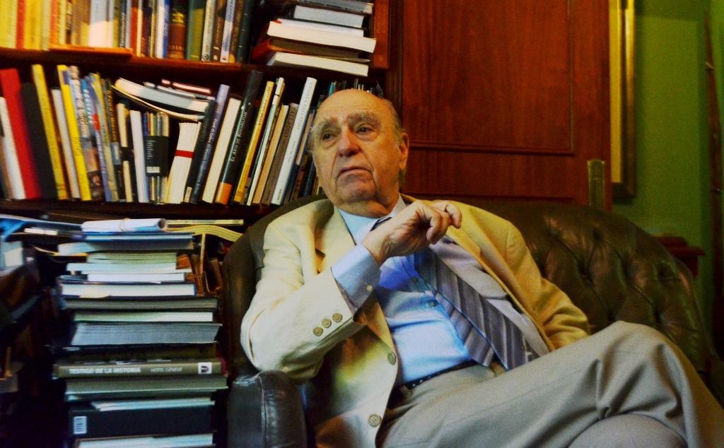 """Julio María Sanguinetti: """"La ambición de perpetuidad de Evo Morales llevó a un golpe muy sui generis"""""""