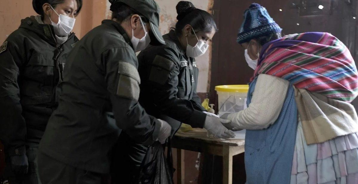 CBN anuncia entrega de 22.488 unidades de gaseosas y Maltín a FFAA, Policía y hogares de acogida