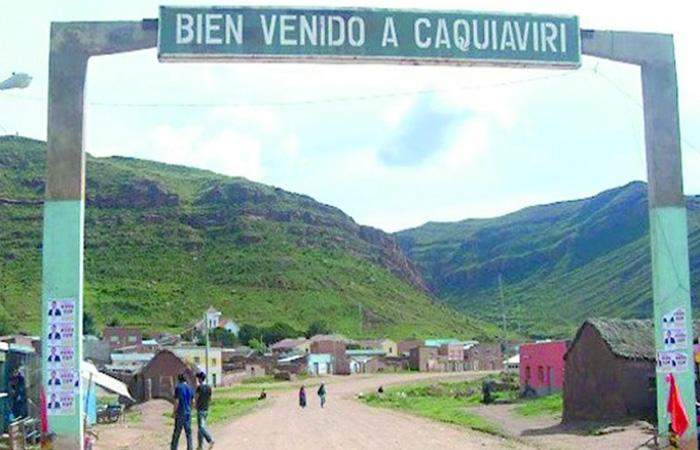 Médico denuncia que pelea entre concejales y alcalde de Caquiaviri deja a 48 funcionarios de salud sin equipos