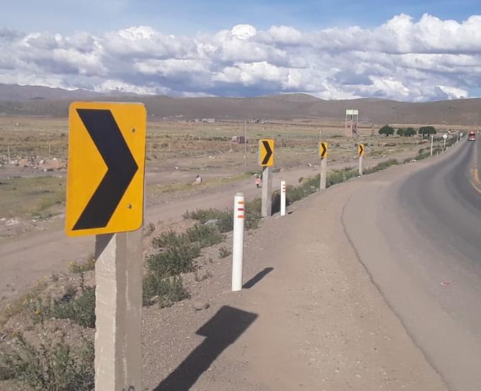 En plena cuarentena se roban señales de carretera en Oruro