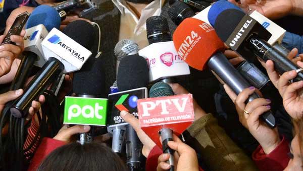 Confederación de la Prensa pide al gobierno un bono y poner en vigencia la Ley del Seguro de Vida para periodistas