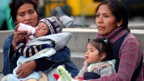 UNFPA llama a atender la salud de las madres durante la pandemia del COVID-19