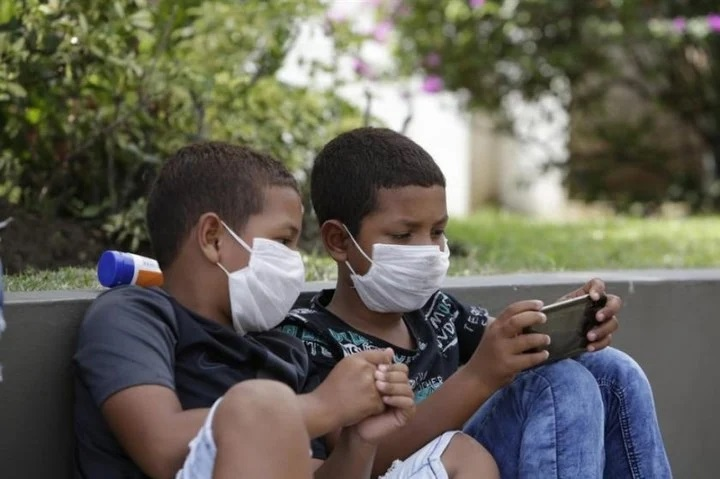 Coronavirus: niños portan más carga viral que adultos