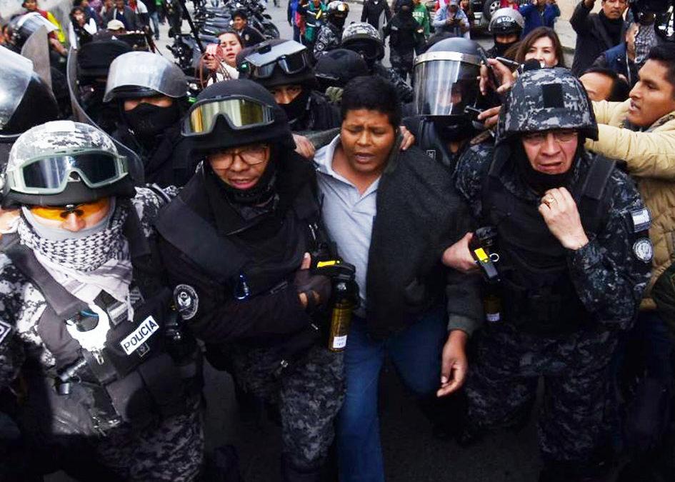 Vulneración de libertades fundamentales, violencia estatal y debilitamiento de la democracia caracterizaron el 2019