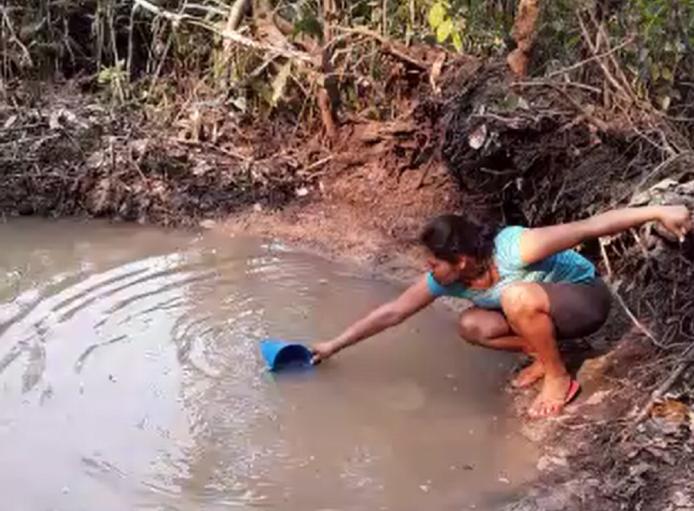 En la Chiquitanía el agua no llega a todas las familias y genera conflictos
