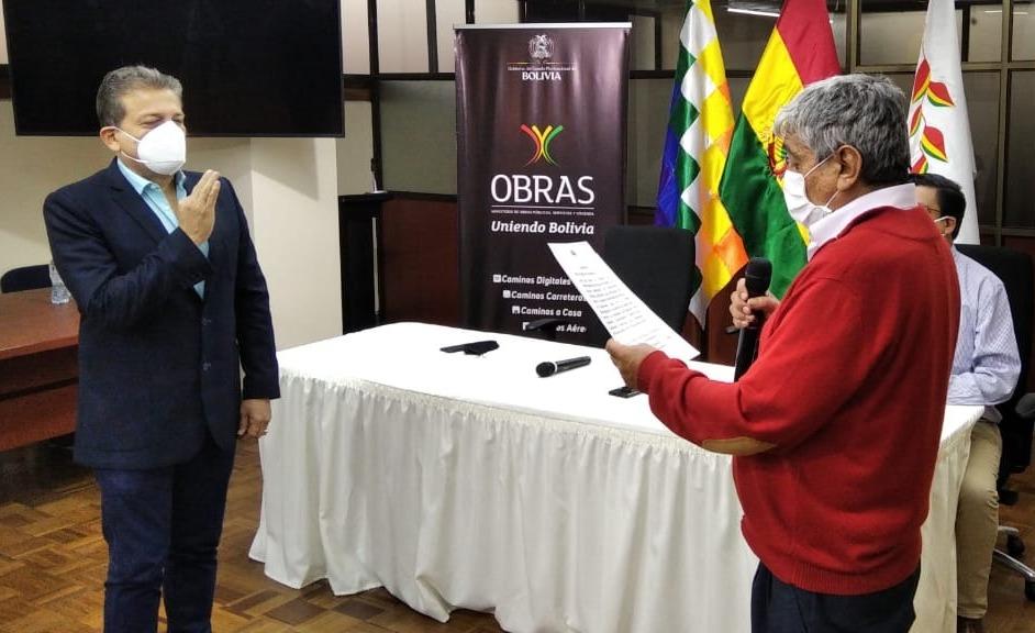 A once días de elecciones Añez continúa cambio de autoridades