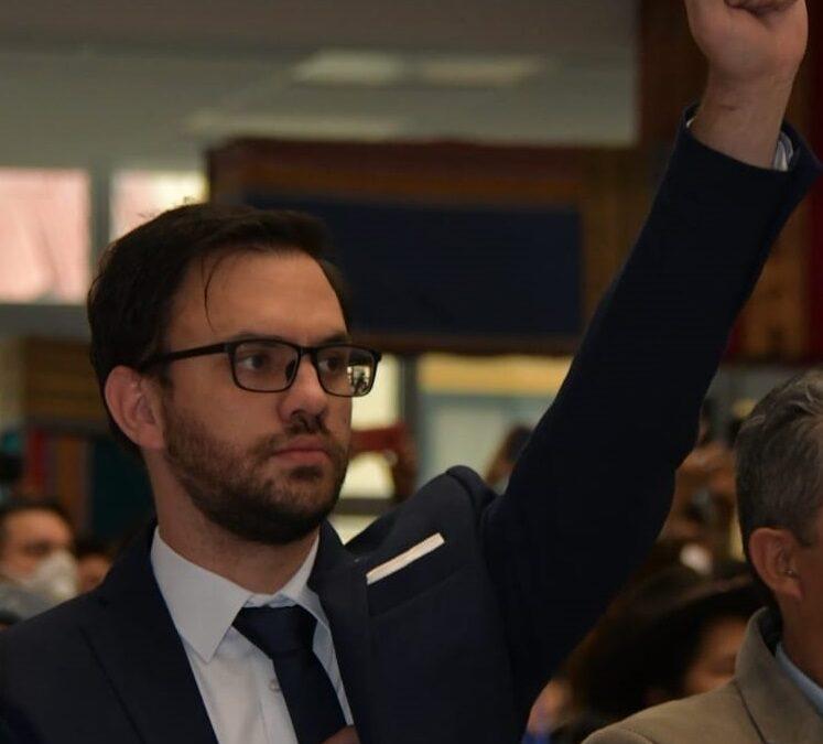 Arce posesiona como ministro de Gobierno a Carlos Del Castillo Del Carpio, denunciado por agresiones psicológicas a Eva Copa