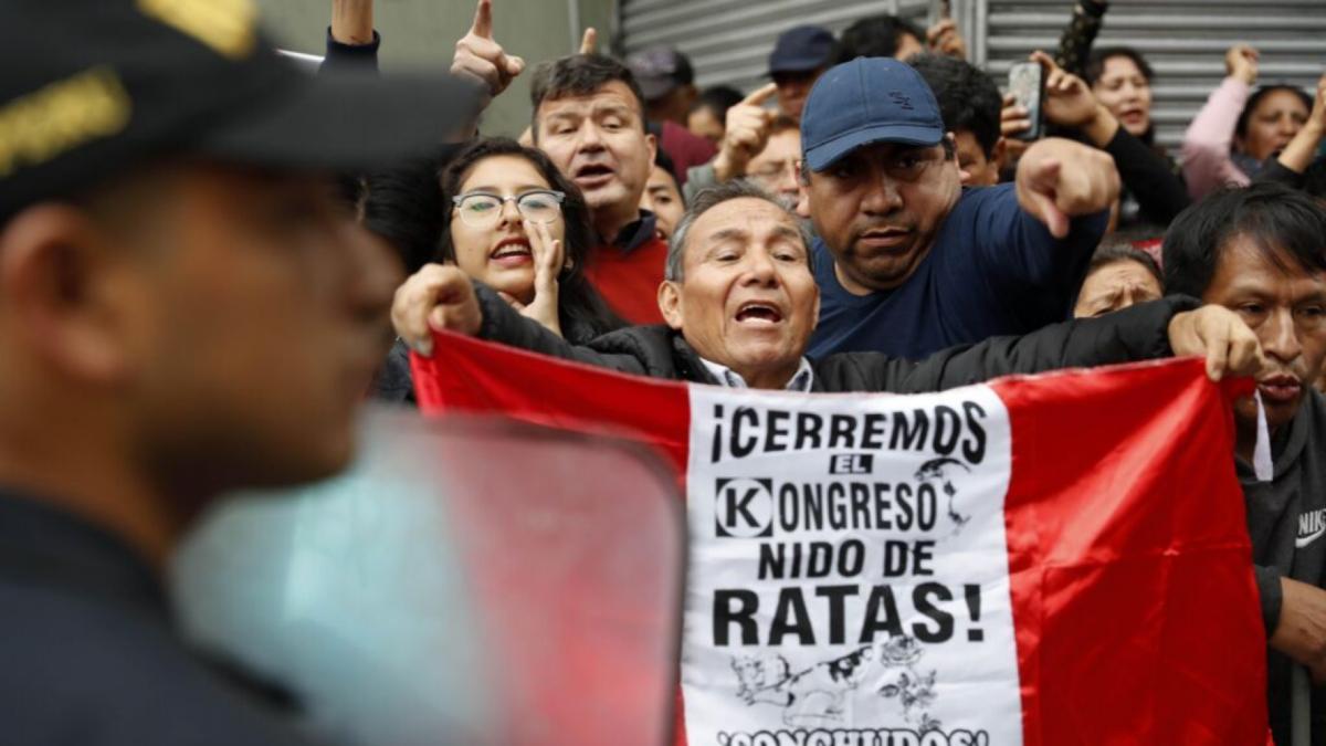 ¿Qué pasa en Perú? 3 claves para entender su crisis