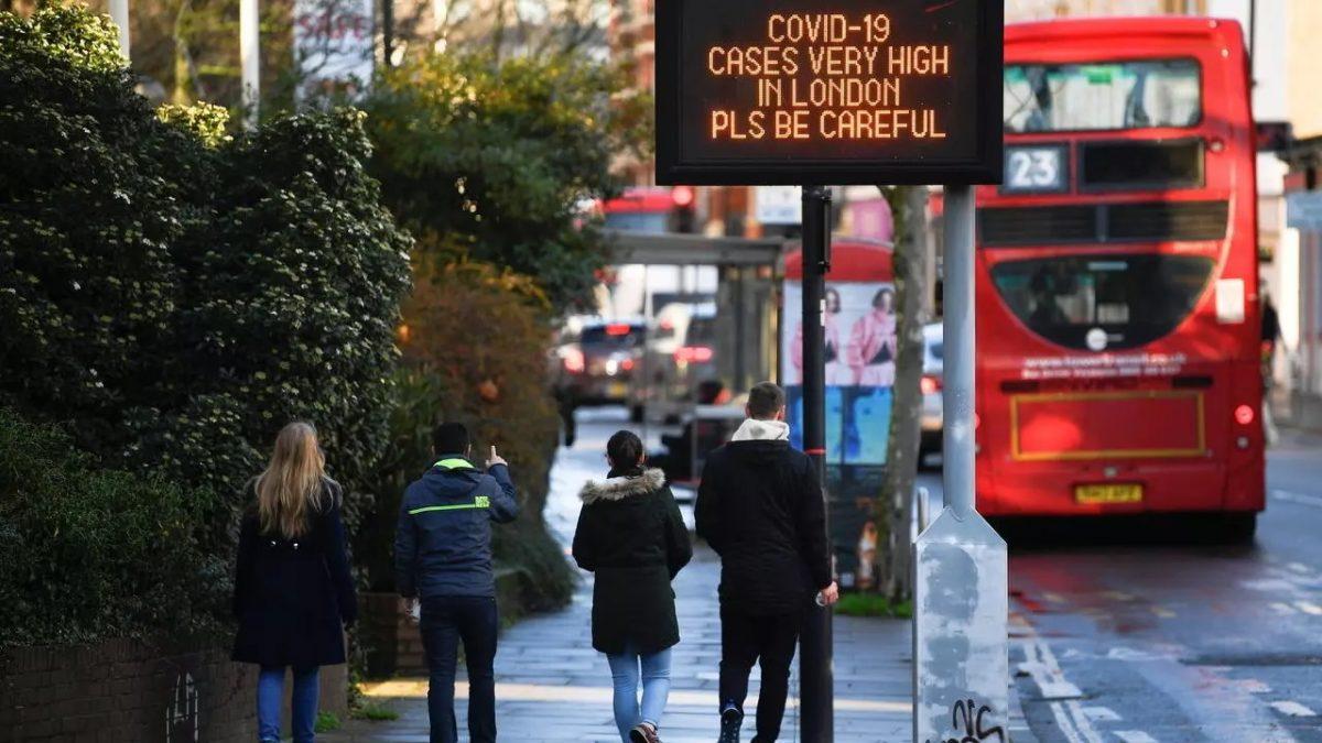 Europa aísla al Reino Unido para frenar la nueva cepa del virus