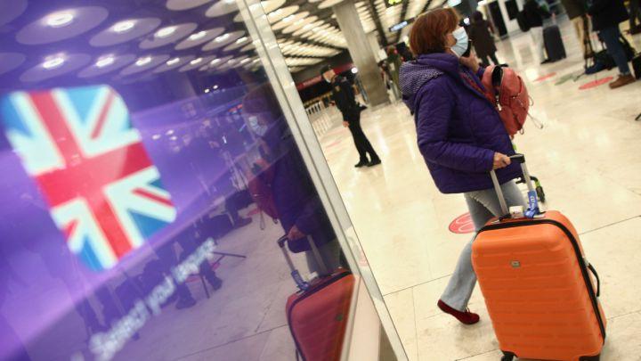 Boris Johnson ordena el confinamiento total de Inglaterra a partir del miércoles hasta mediados de febrero