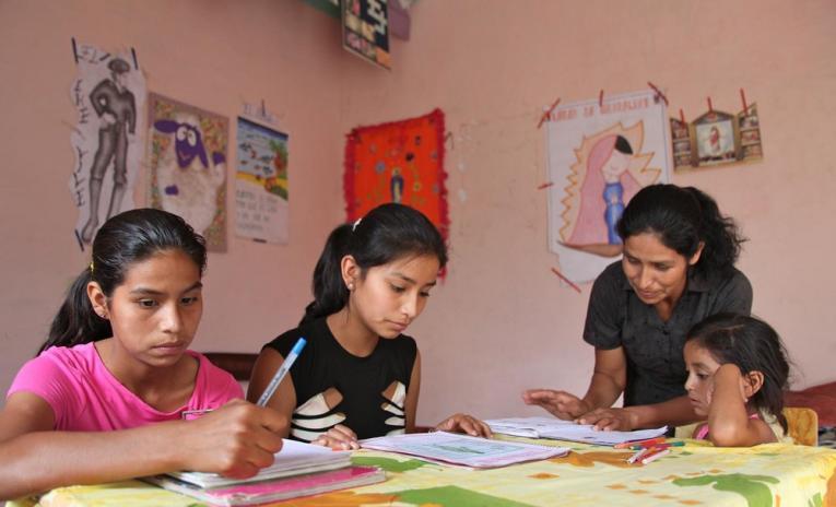 Niños y adolescentes piden educación tecnologizada, creativa, inclusiva y con más valores humanos