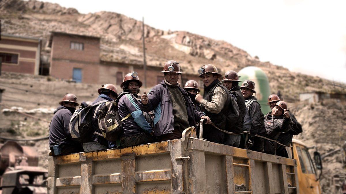 Cae la producción entre un 11 y 40% de cuatro empresas mineras administradas por el gobierno