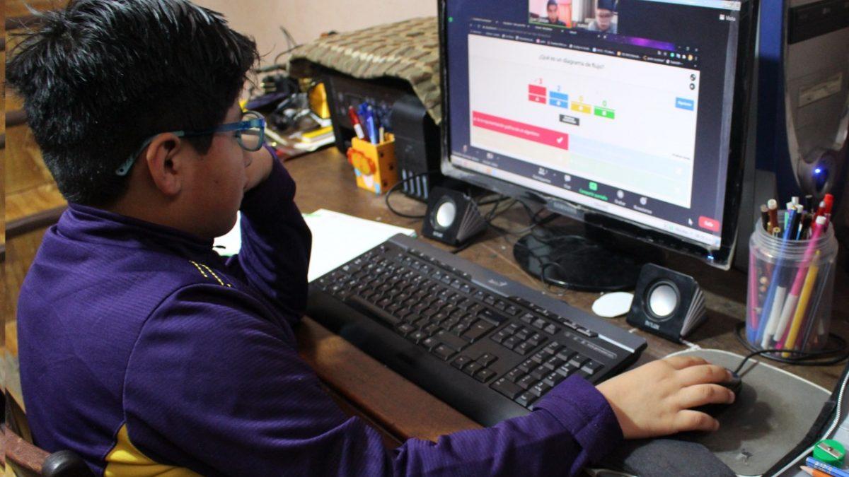 """UNICEF plantea cinco acciones contra peligros """"on line"""" para niños y adolescentes"""