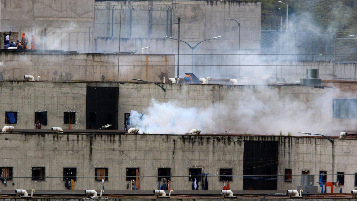 Ecuador: más de 75 muertos en amotinamientos en cárceles