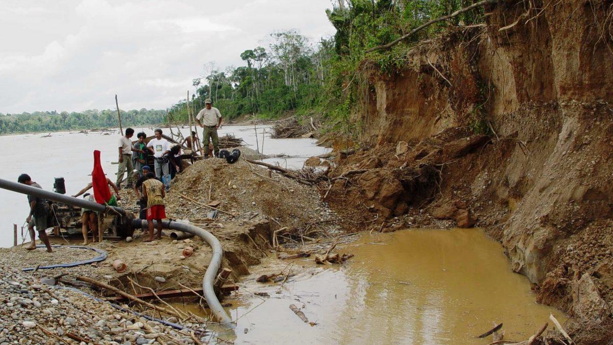 Cooperativistas auríferos se oponen al fortalecimiento de la lucha contra la minería ilegal