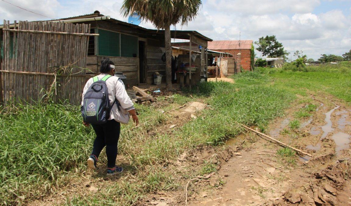 Brigadistas en Trinidad llegan hasta los barrios periurbanos para vacunar a las poblaciones en situación de vulnerabilidad