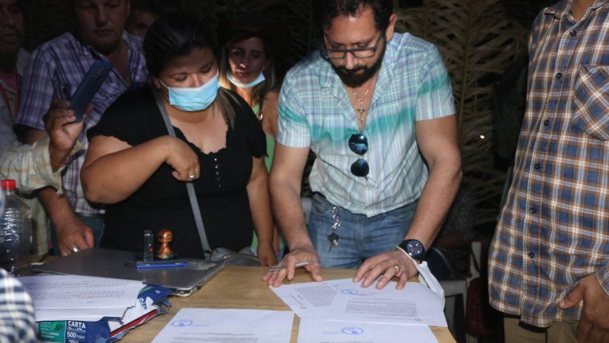 Indígenas del Beni levantan el bloqueo tras la firma de acuerdos con el gobierno municipal de San Ignacio de Mojos