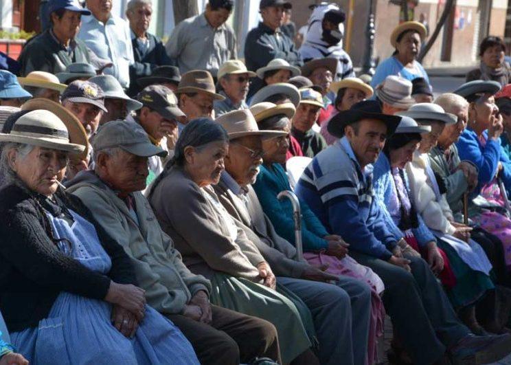 Defensoría del Pueblo alerta que se duplica la cantidad de denuncias por vulneraciones de los derechos de las personas adultas mayores