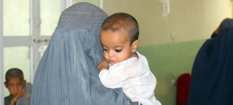 Afganistán: La ONU pide crear un puente humanitario para poder entregar ayuda vital