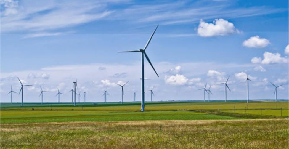 América Latina debe dejar de depender de energía fósil para lograr una transición energética justa y renovable
